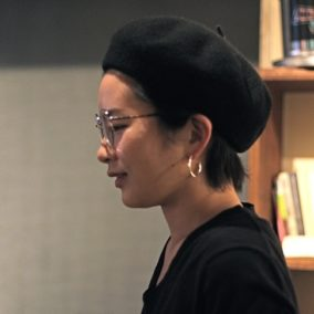 翻訳業から整体師へ。自分がしていて幸せだと感じる仕事との出会い方 – 万力春乃さんインタビュー