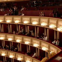 ウィーンのオペラ座チケットを立ち見で4ユーロと格安にする方法・鑑賞時の服装やオーケストラの感想まとめ