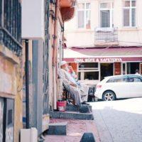 トルコ・イスタンブール新空港から市街地へのタクシーやシャトルバスを使った賢い移動方法と、基本的な注意事項について